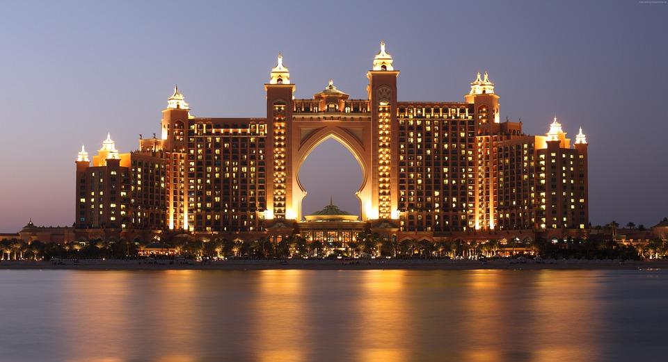 Normativa vigente in materia di diritto societario per le imprese a Dubai