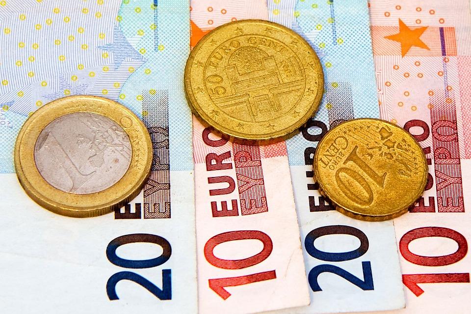 Unione Europea: Lo scambio obbligatorio di informazioni