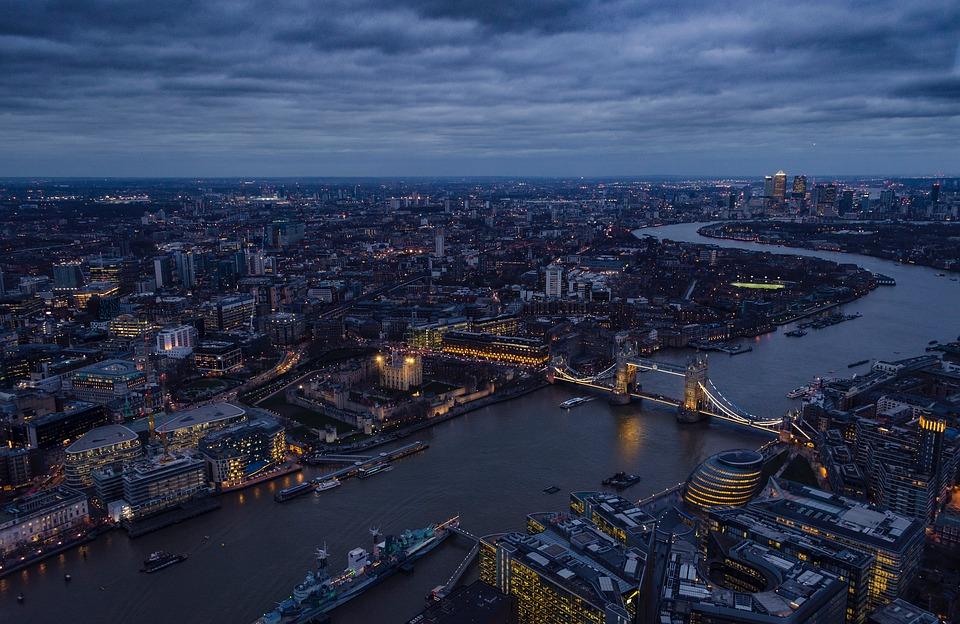 Regno Unito: Responsabilità personale dei dirigenti per violazione del contratto di lavoro della società