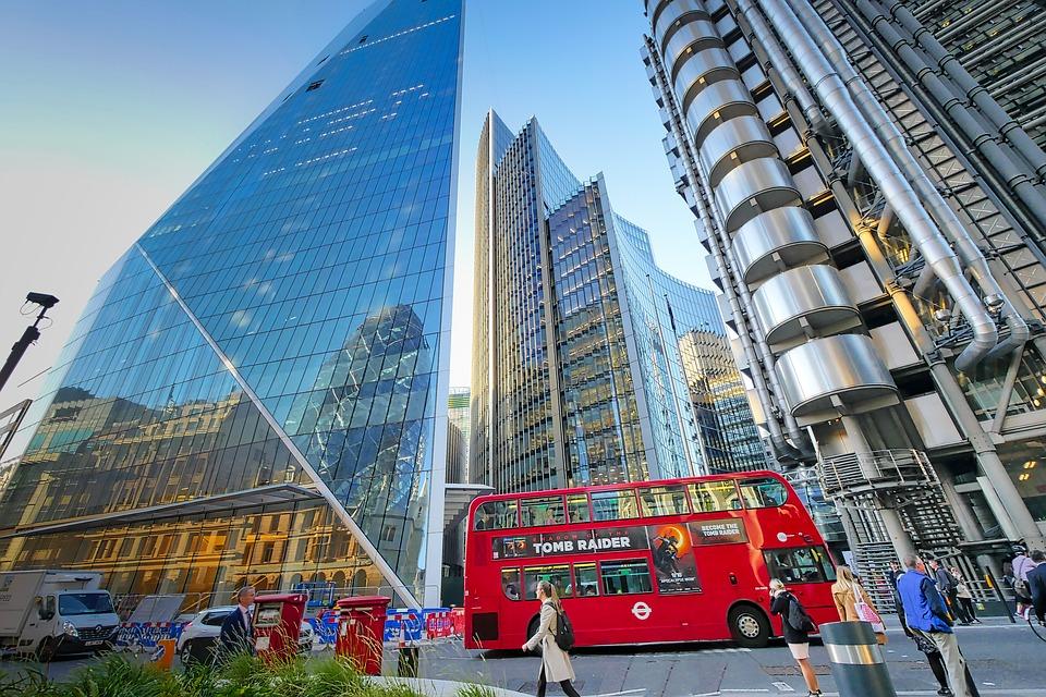 Regno Unito: la FCA mette in guardia dalla truffe sugli investimenti crypto e forex
